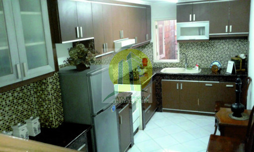 Dapur Rumah Mewah Pondok Indah.jpg