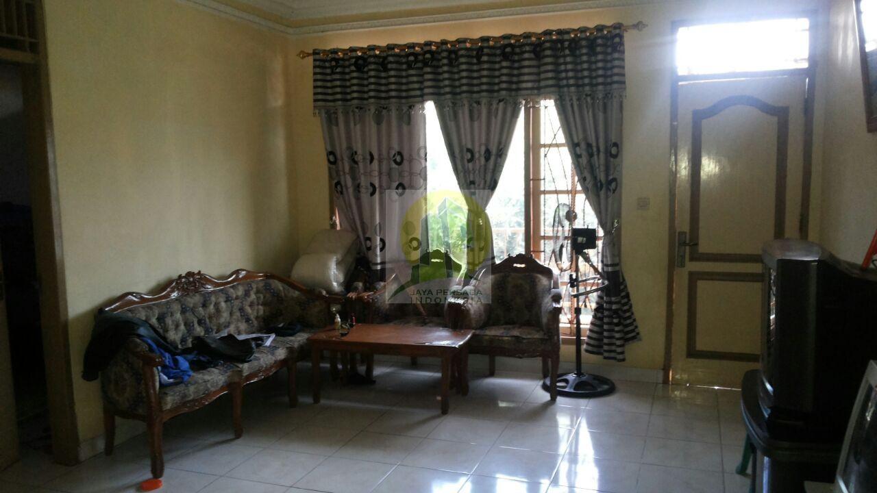 Ruang Tamu rumah dijual di sudimara selatan.jpg