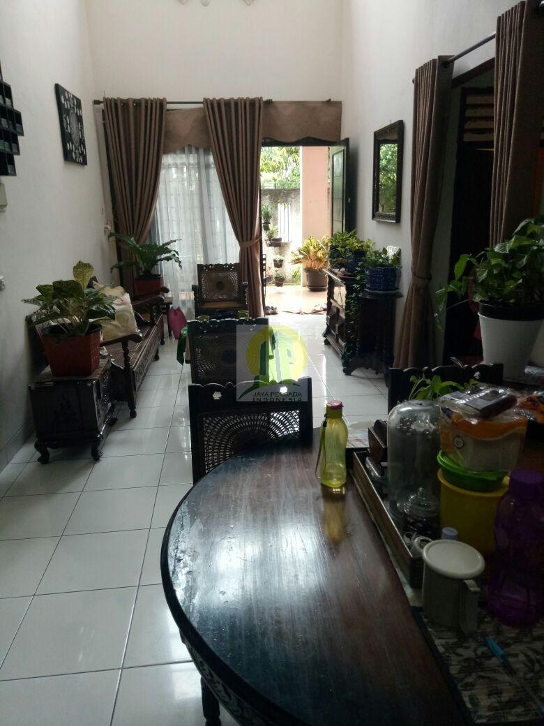 Bagian Dalam Rumah Second Murah Strategis dekat Walikota Tangsel