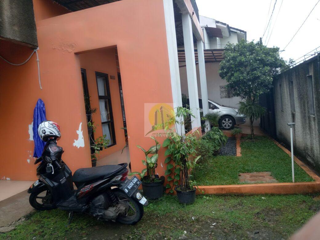 Halaman Rumah Second Murah Strategis dekat Walikota Tangsel