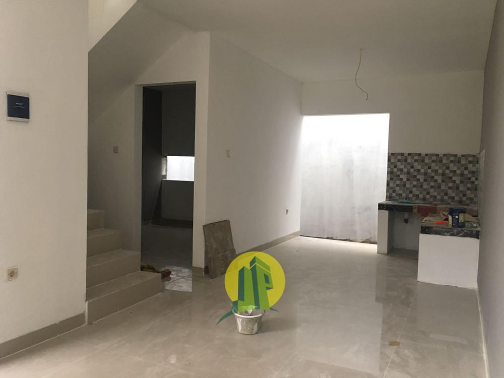 ruang tengah plus dapur