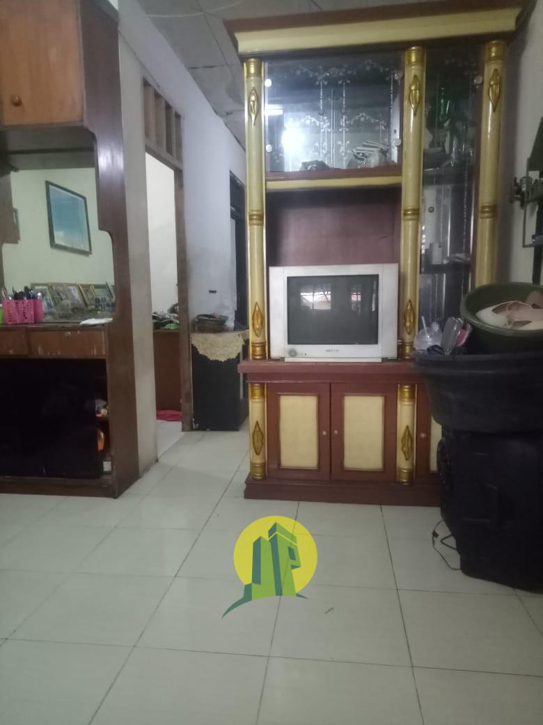 Rumah second ciputat