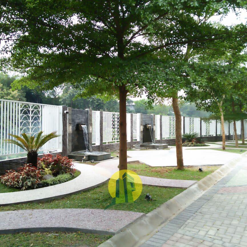 D'Secret Garden Residence