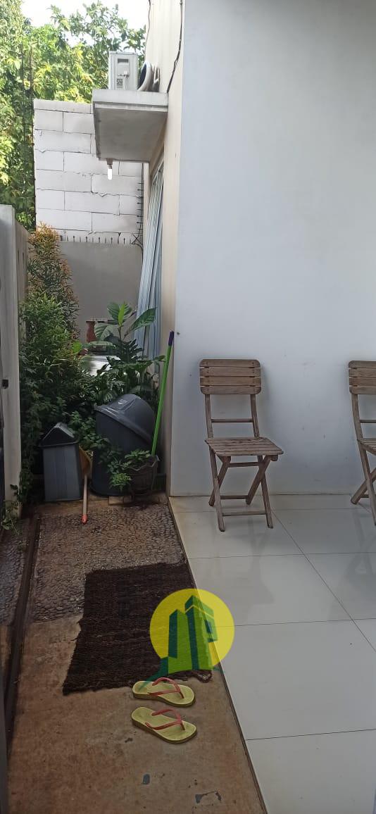Dijual Rumah 2 lantai Di Gudang Timur Serpong Nempel BSD